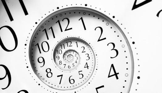 优秀的网站建设销售取胜的关键在于八小时之外